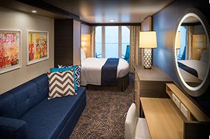 """Каюта с балконом """"Deluxe Obstructed Ocean View Stateroom with Balcony"""""""