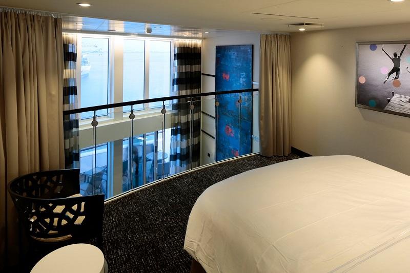 """Сьют """"Sky Loft Suite with Balcony"""""""