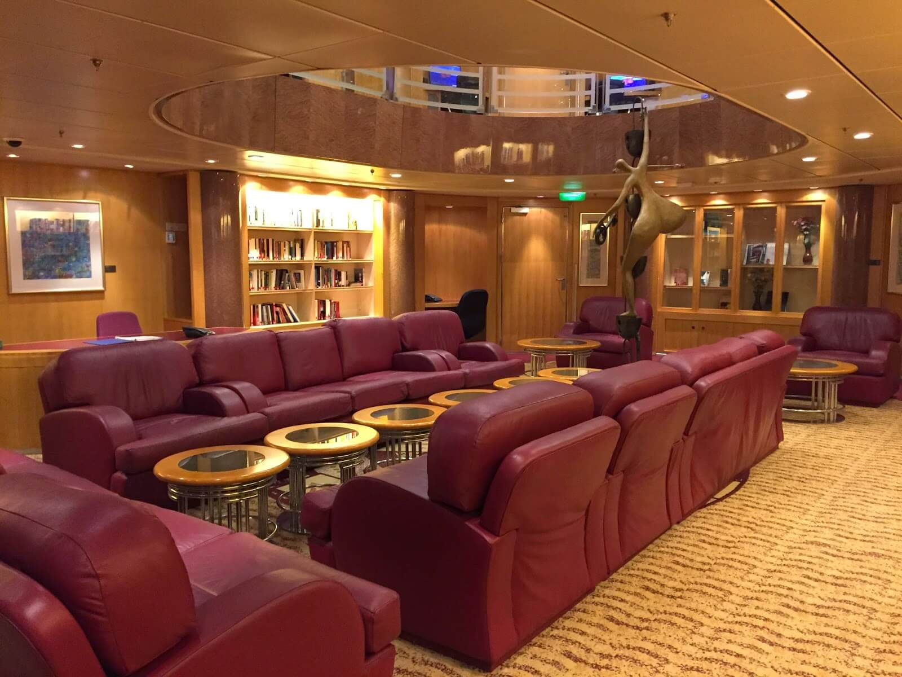 Круизный лайнер Adventure of the Seas - Библиотека (Library)