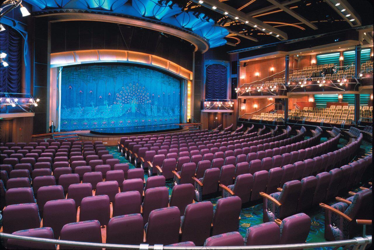 Круизный лайнер Adventure of the Seas - Театр (Theater)