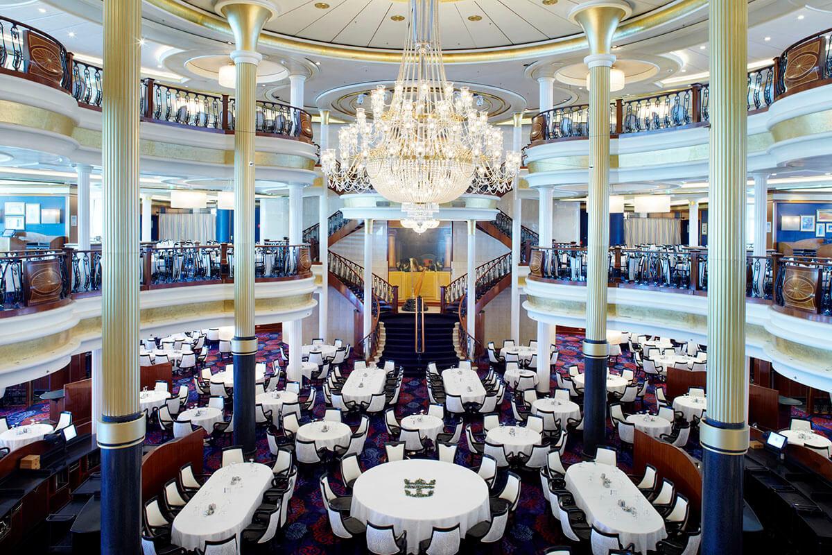 Круизный лайнер Adventure of the Seas - Основной ресторан (Dining Room)