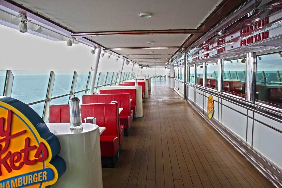 Круизный лайнер Adventure of the Seas - Ресторан (Johnny Rockets)