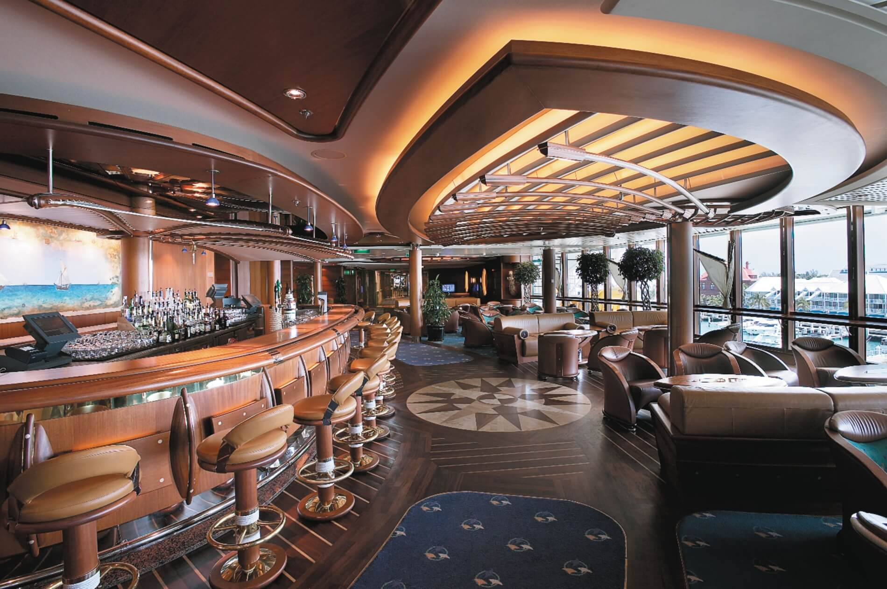 Круизный лайнер Jewel of the Seas - Шхуна-бар (Schooner Bar)