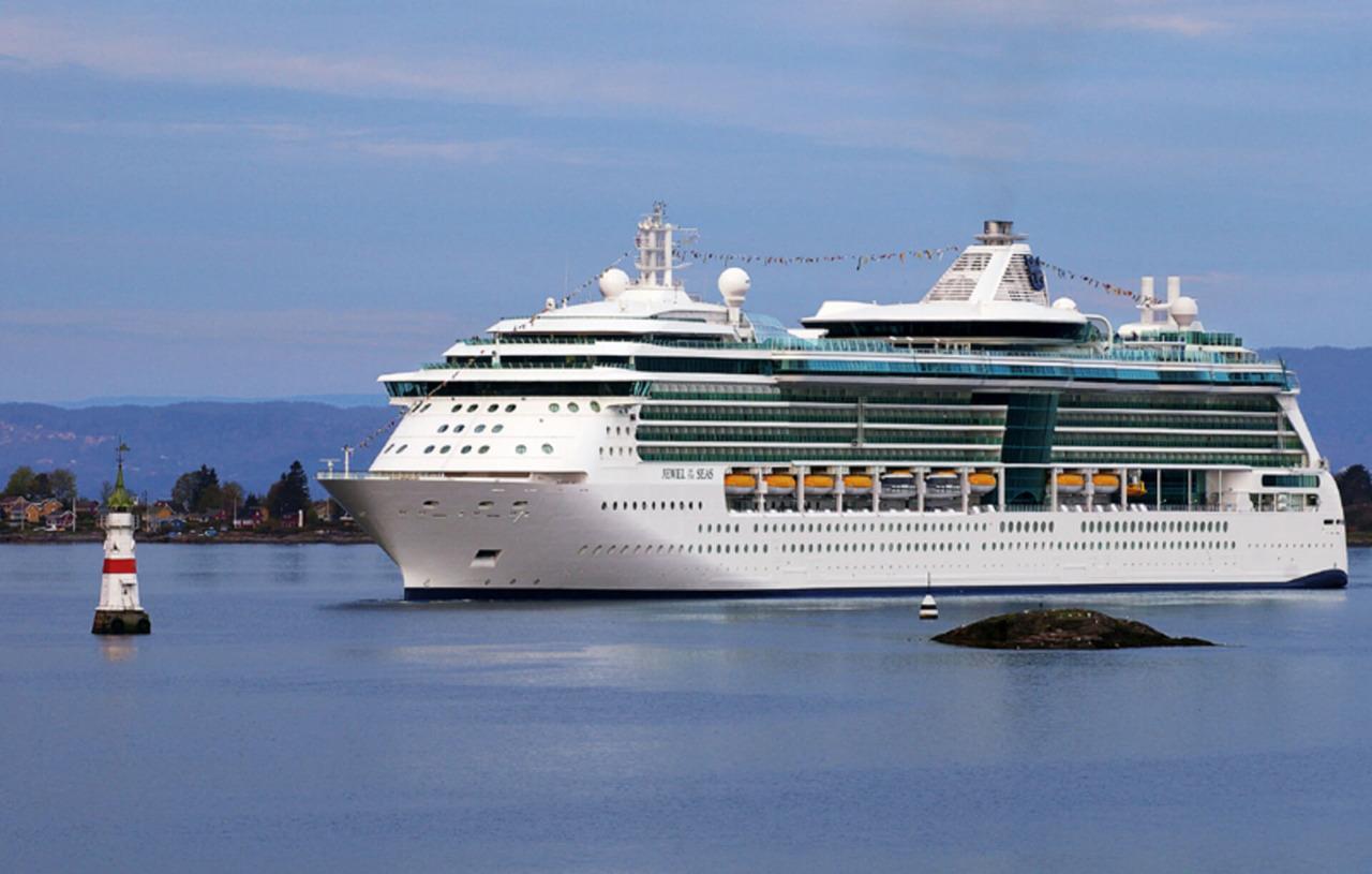 Круизный лайнер Jewel of the Seas - Jewel of the Seas 5*