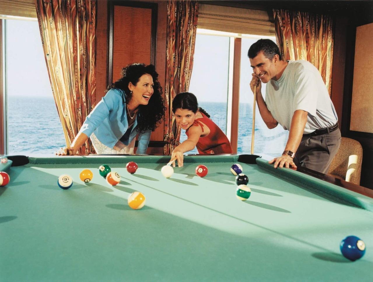 Круизный лайнер Jewel of the Seas - Бильярд (Billiards Club)