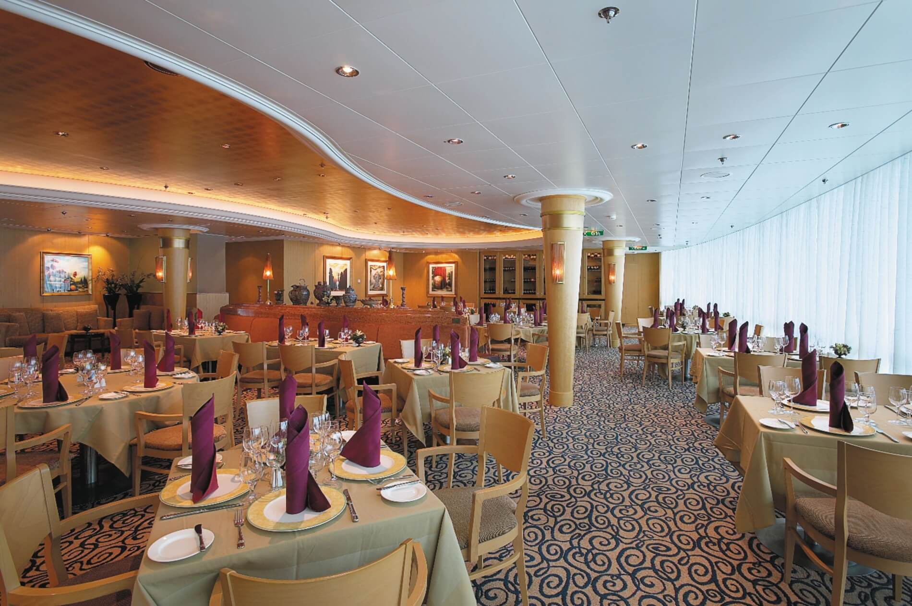 Круизный лайнер Jewel of the Seas - Итальянский ресторан Portofino (Portofino)