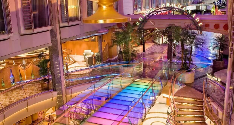 Круизный лайнер Liberty of the Seas - Атриум (Atrium)