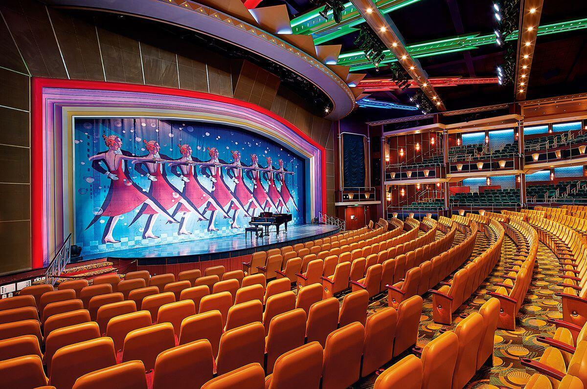 Круизный лайнер Liberty of the Seas - Театр (Theater)