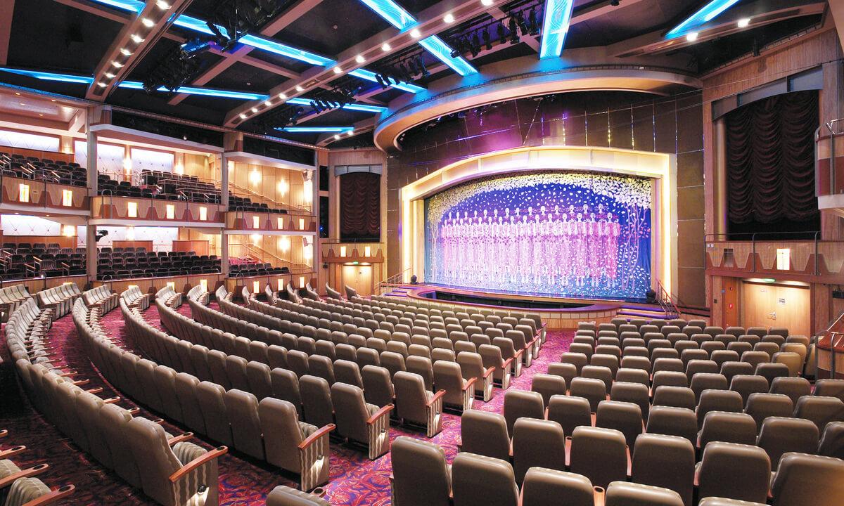 Круизный лайнер Mariner of the Seas - Театр (Savoy Theater)
