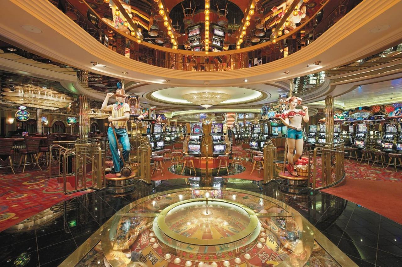 Круизный лайнер Mariner of the Seas - Казино (Casino)