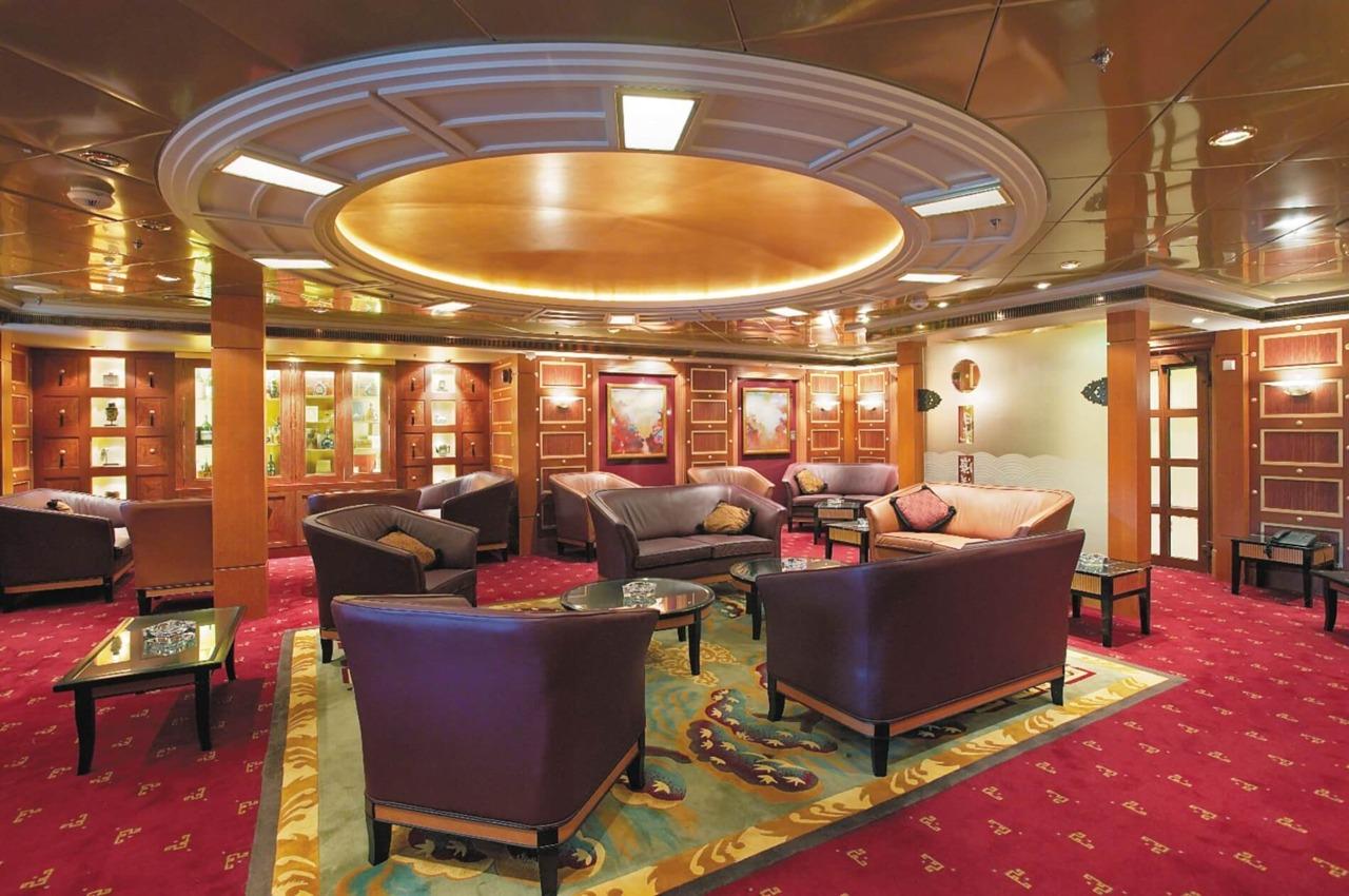 Круизный лайнер Mariner of the Seas - Клуб знатоков (Connoisseur Club)