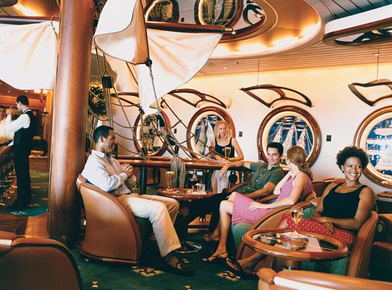 Круизный лайнер Navigator of the Seas - Шхуна-бар (Schooner Bar)