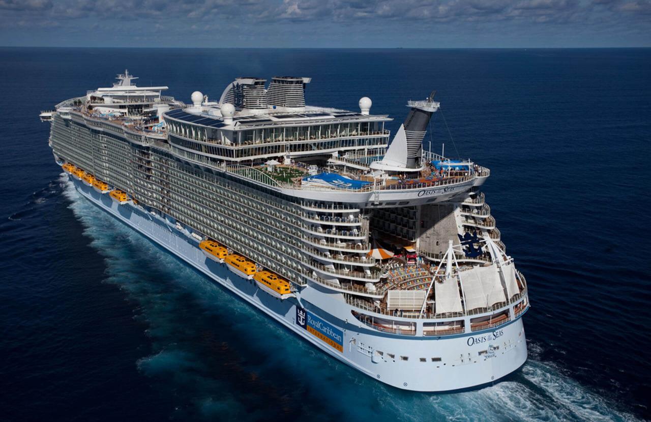 Круизный лайнер Oasis of the Seas - Oasis of the Seas 5*