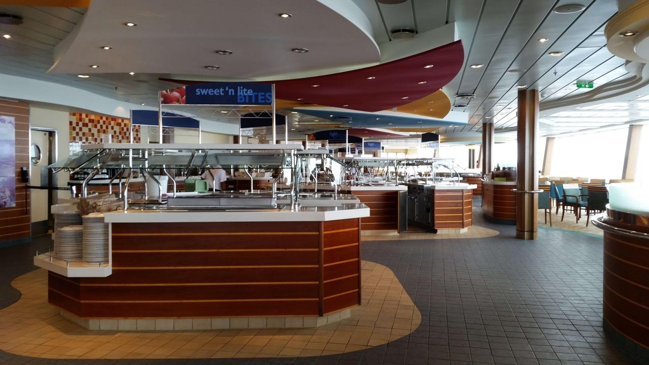 Круизный лайнер Oasis of the Seas - Шведский стол (Windjammer)