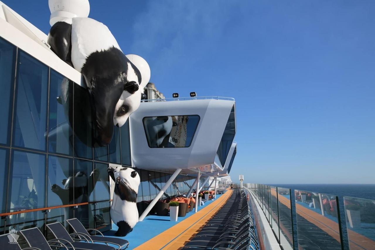 Круизный лайнер Ovation of the Seas - Зона отдыха под открытым небом