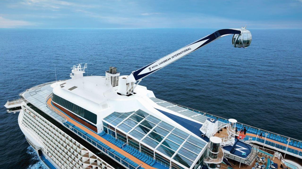 Круизный лайнер Ovation of the Seas - Обзорная капсула North Star