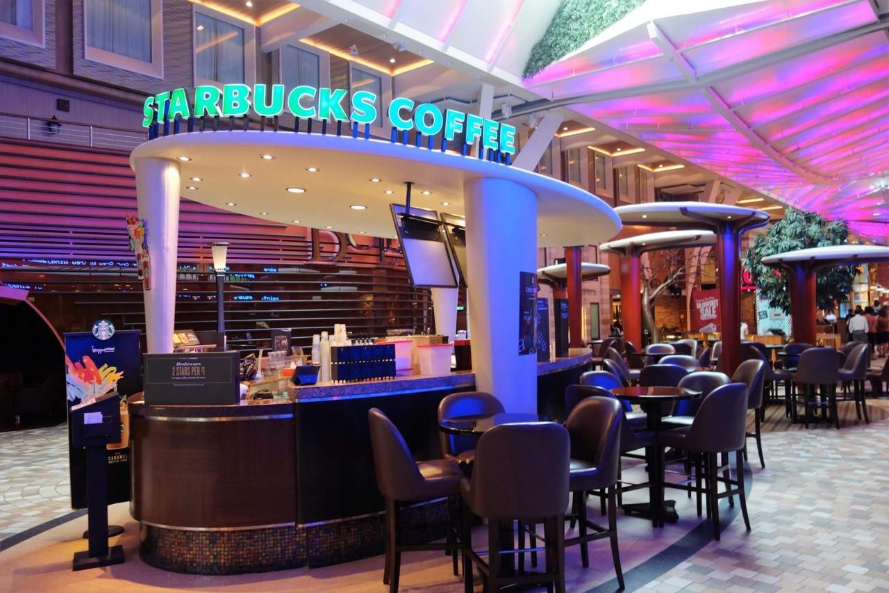 Круизный лайнер Allure of the Seas - Кофейня Старбакс (Sturbucks)
