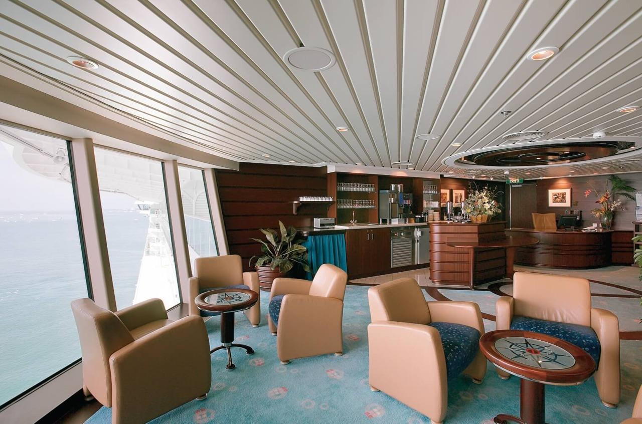 Круизный лайнер Radiance of the Seas - Клуб (Concierge Club)