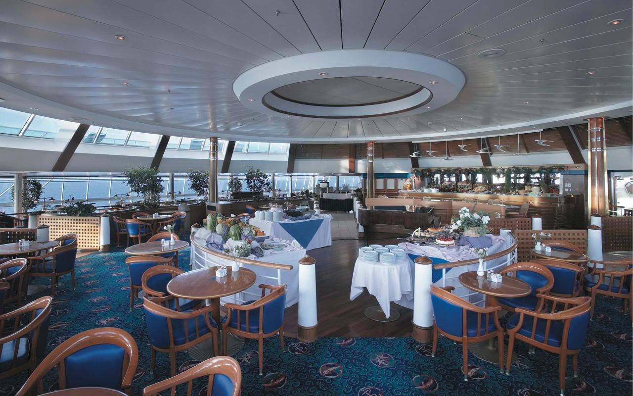 Круизный лайнер Rhapsody of the Seas - Шведский стол (Windjammer Cafe)
