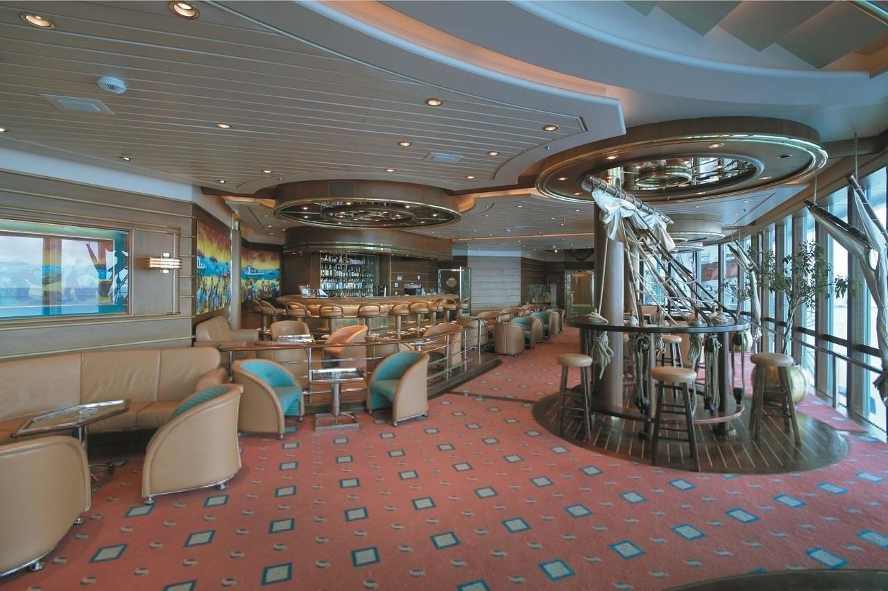 Круизный лайнер Rhapsody of the Seas - Шхуна-бар (Schooner Bar)