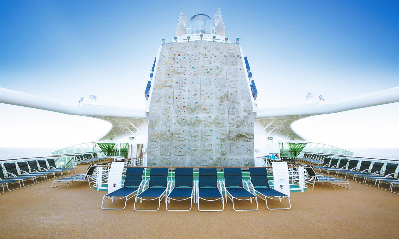 Круизный лайнер Serenade of the Seas - Скалодром (RockWall)