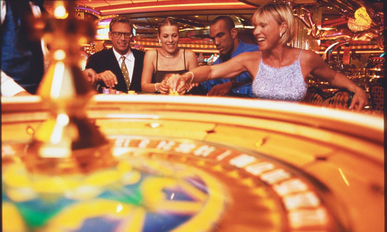 Круизный лайнер Voyager of the Seas - Казино (People Gamble)