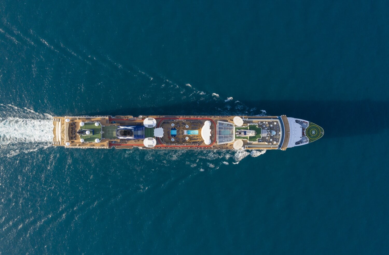 Круизный лайнер Celebrity Constellation - ML Class Aerial_0338