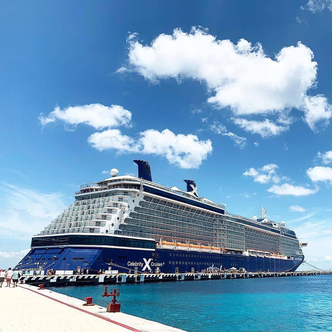Круизный лайнер Celebrity Equinox - 64325330_1045981052433152_8046887673687054720_n