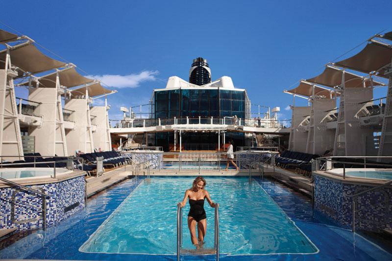 Круизный лайнер Celebrity Equinox - Палуба водных развлечений (Pool deck)