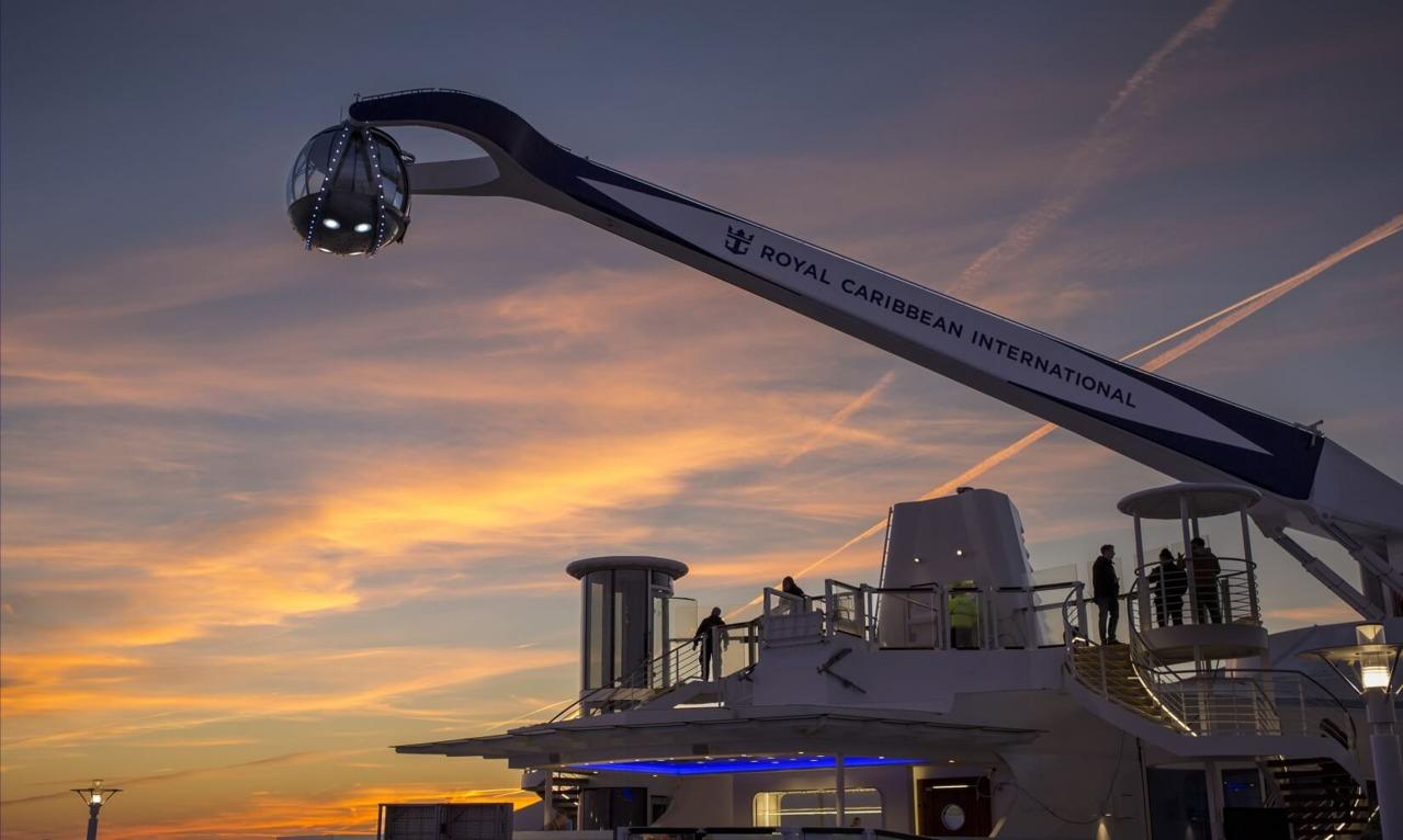 Круизный лайнер Anthem of the Seas - Обзорная площадка North Star