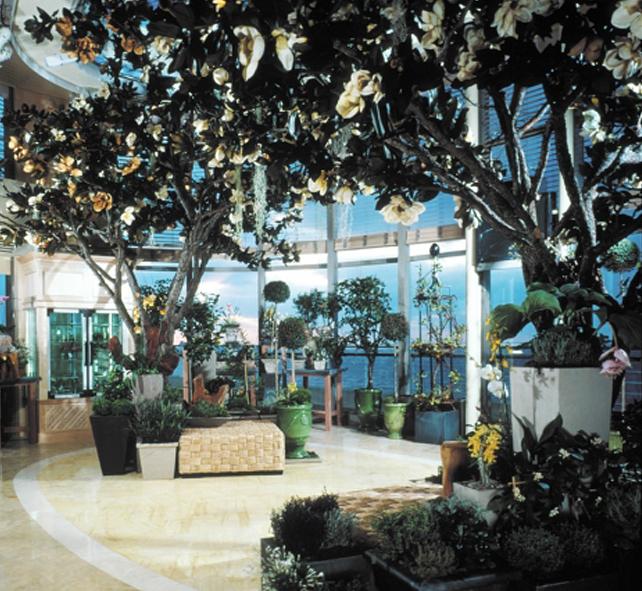 Круизный лайнер Celebrity Infinity - Оранжерея (Conservatory)