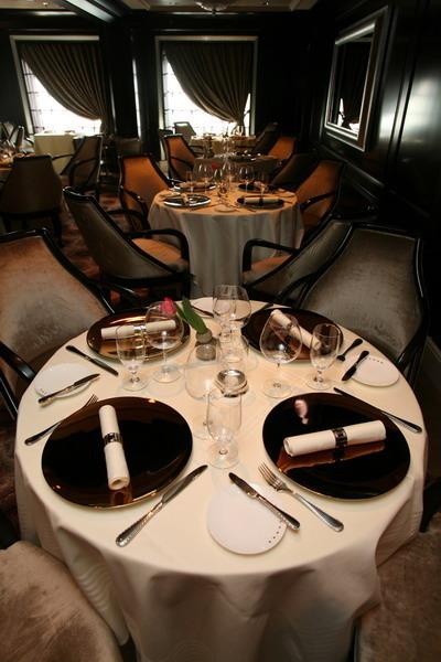 Круизный лайнер Celebrity Silhouette - Ресторан Murano (Murano Dining room)