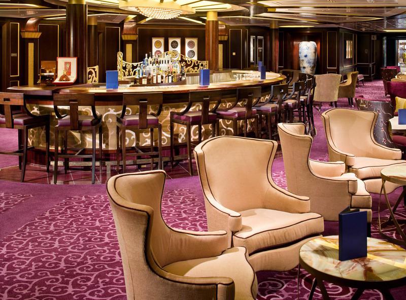 Круизный лайнер Celebrity Solstice - Салон Ensemble (Ensemble Lounge)