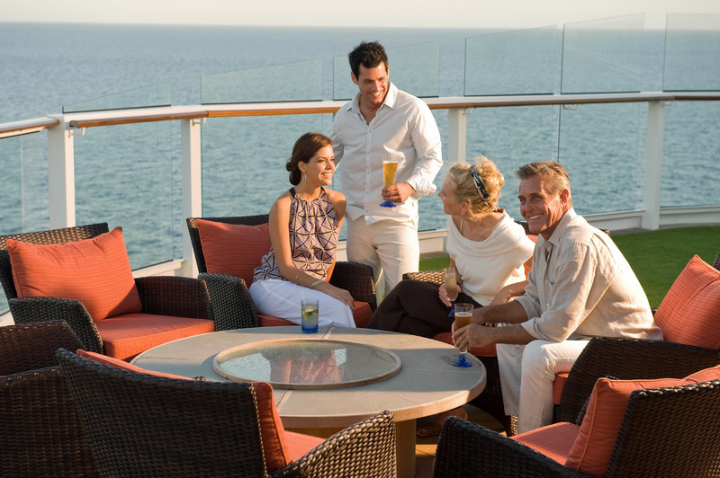 Круизный лайнер Celebrity Solstice - Бар Закат (Sunset Bar)