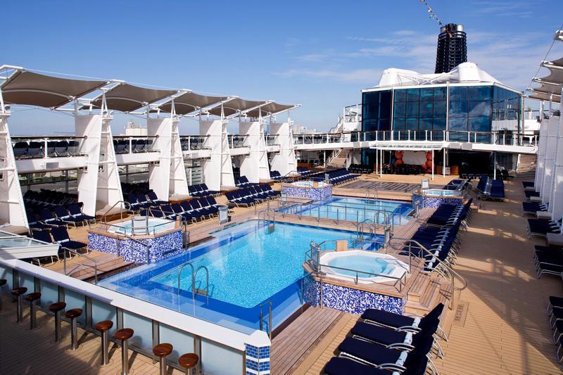 Круизный лайнер Celebrity Solstice - Палуба водных развлечений (Pool Deck)