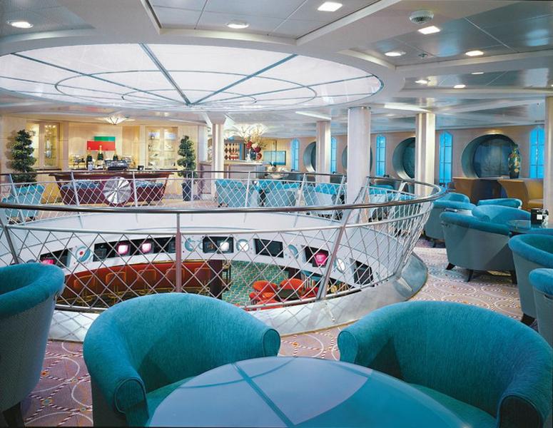 Круизный лайнер Celebrity Summit - Салон Champagne (Champagne Lounge)