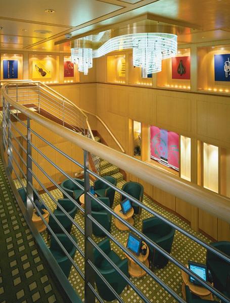 Круизный лайнер Celebrity Summit - Музыкальная библиотека (Music Library)