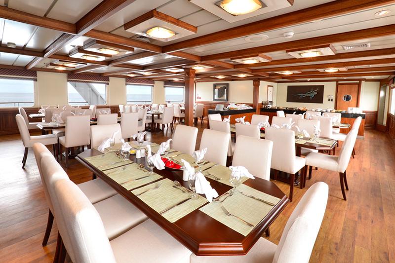 Круизный лайнер Celebrity Xperience - Ресторан
