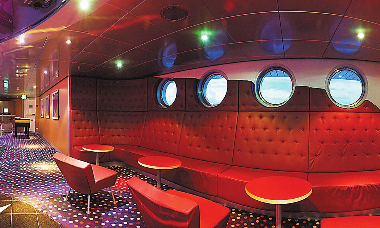 Круизный лайнер Brilliance of the Seas - Ночной клуб (Night club)