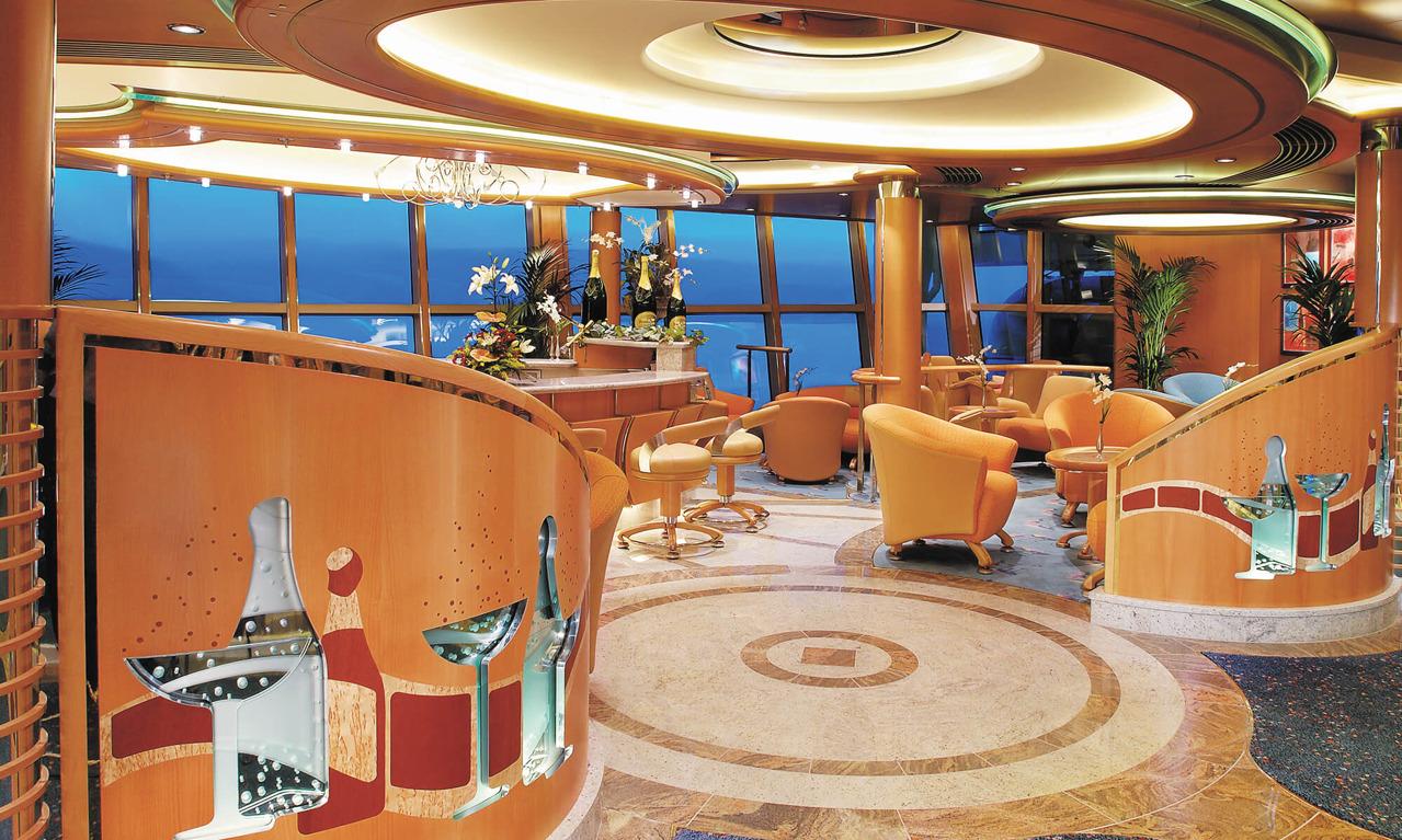 Круизный лайнер Brilliance of the Seas - Бар Champagne (Champagne Bar)