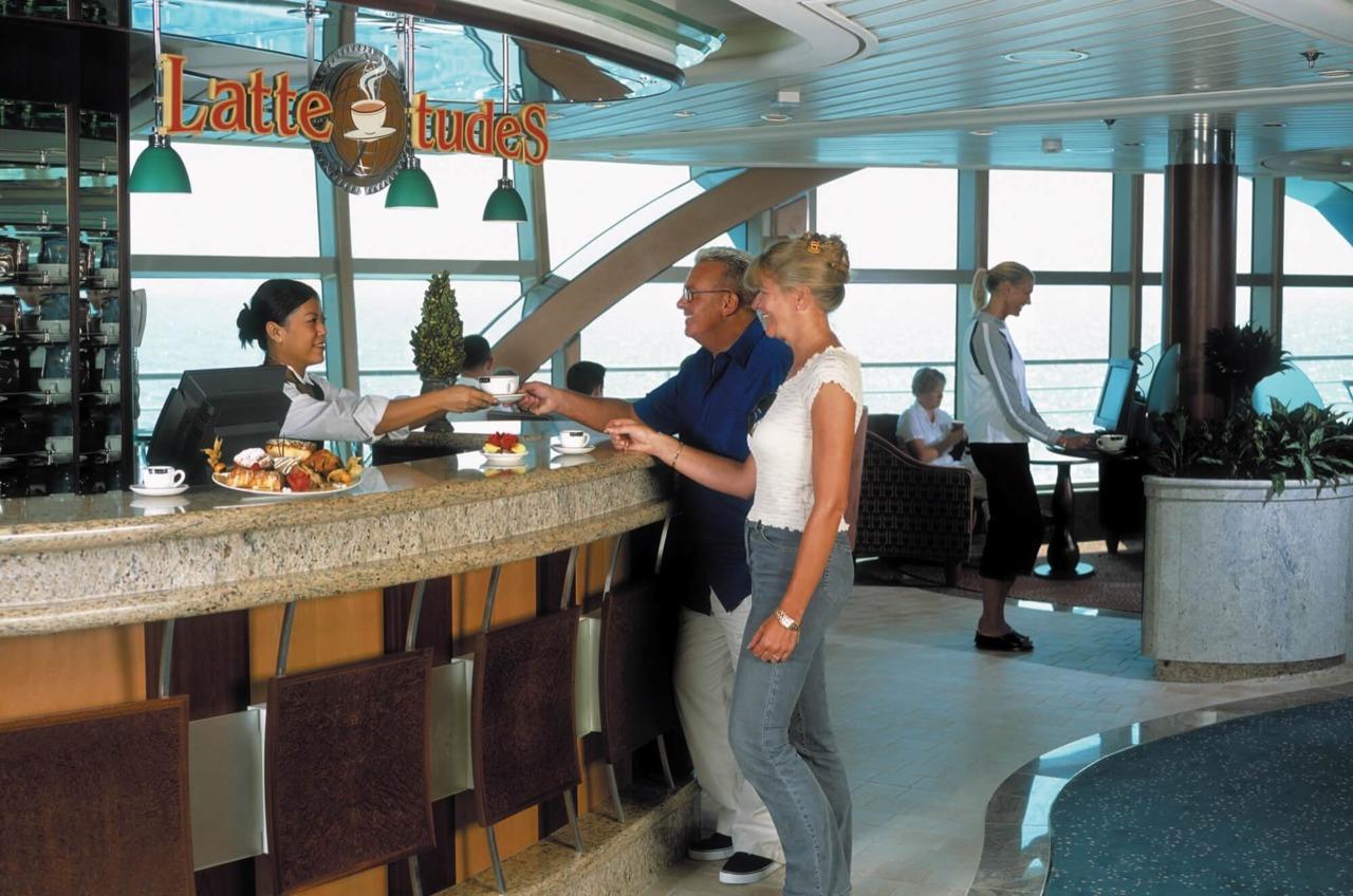 Круизный лайнер Brilliance of the Seas - Кофейня (LatteTudes)