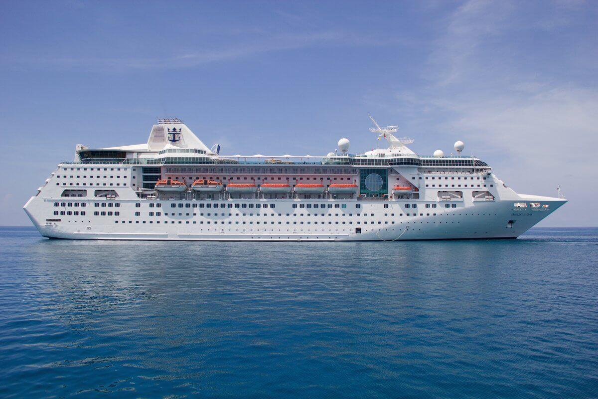 Круизный лайнер Empress of the Seas - Empress of the Seas