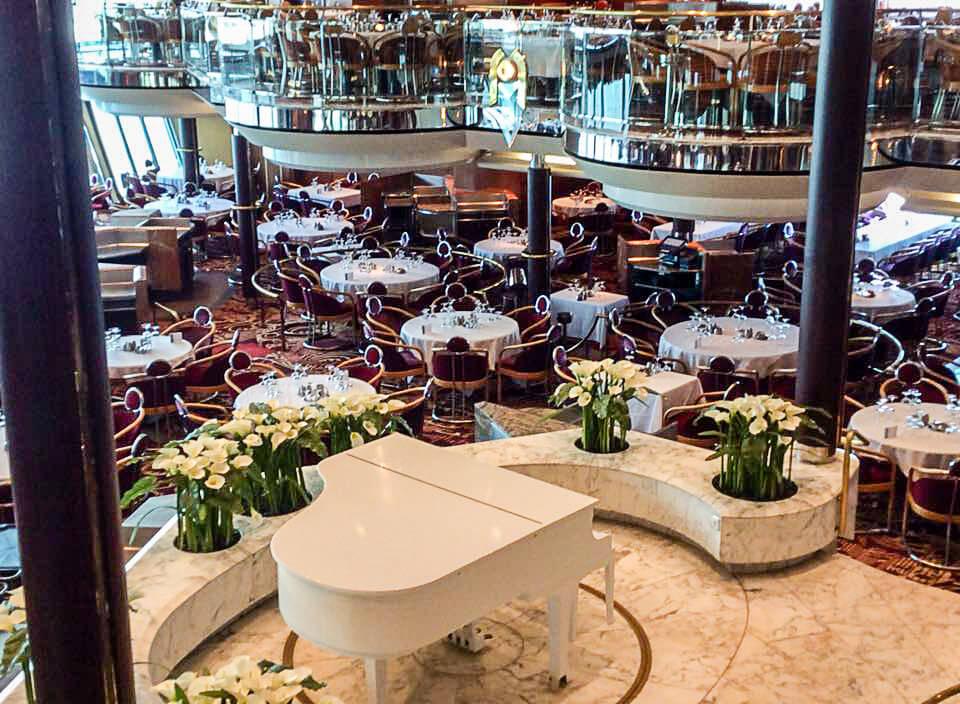 Круизный лайнер Empress of the Seas - Ресторан