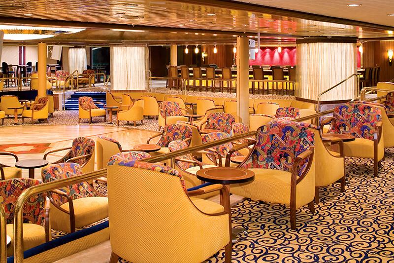 Круизный лайнер Empress of the Seas - Лаунж Boleros Lounge