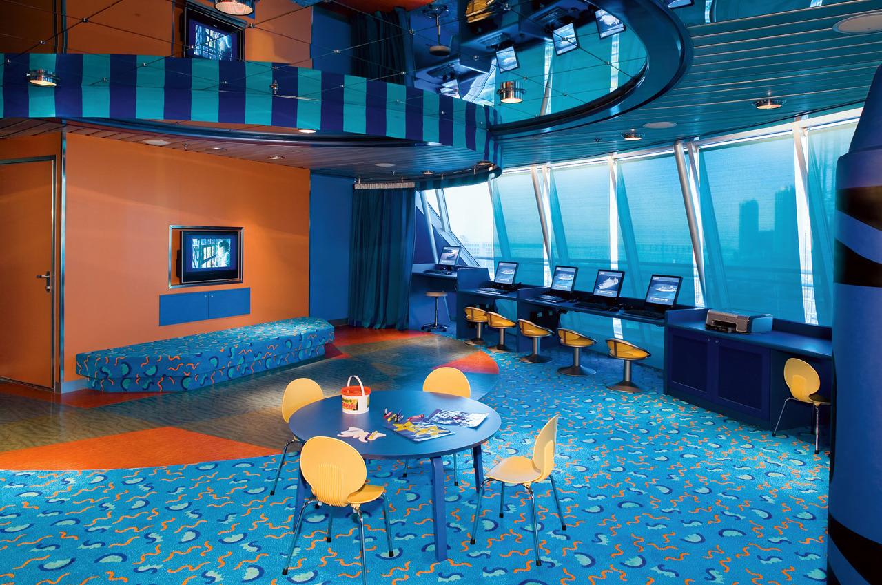 Круизный лайнер Empress of the Seas - Детский клуб Aquanauts