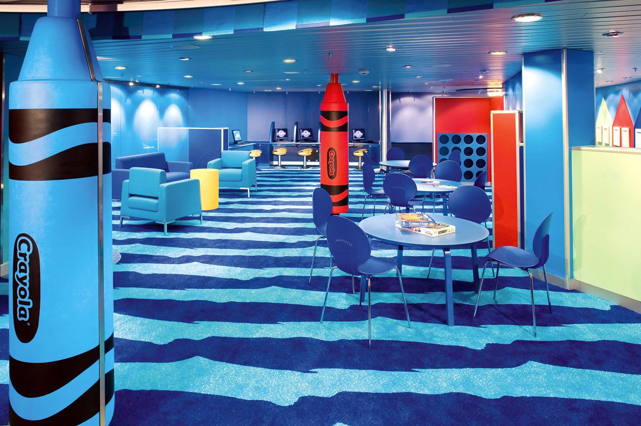 Круизный лайнер Empress of the Seas - Детский клуб Voyagers