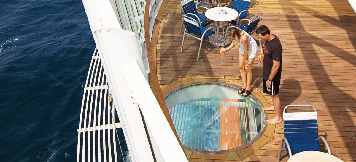 Круизный лайнер Enchantment of the Seas - Прозрачный пол (Floor Window)