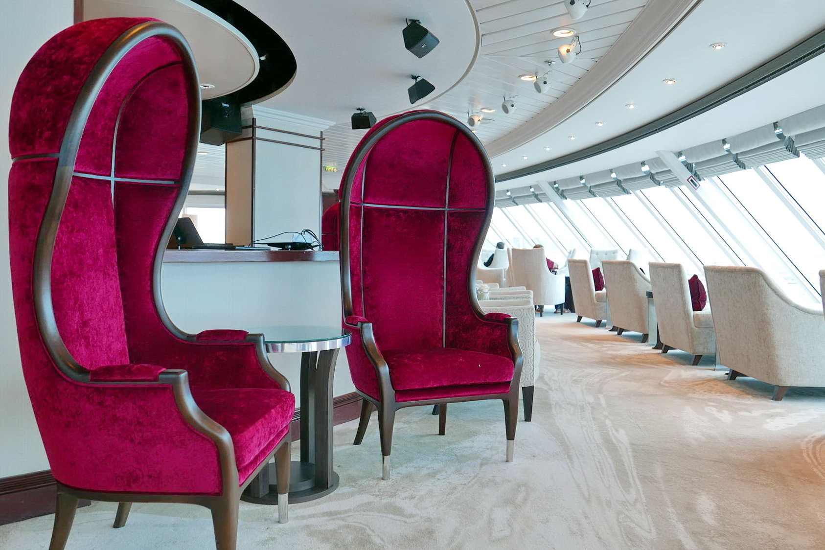 Круизный лайнер Azamara Pursuit - Living Room