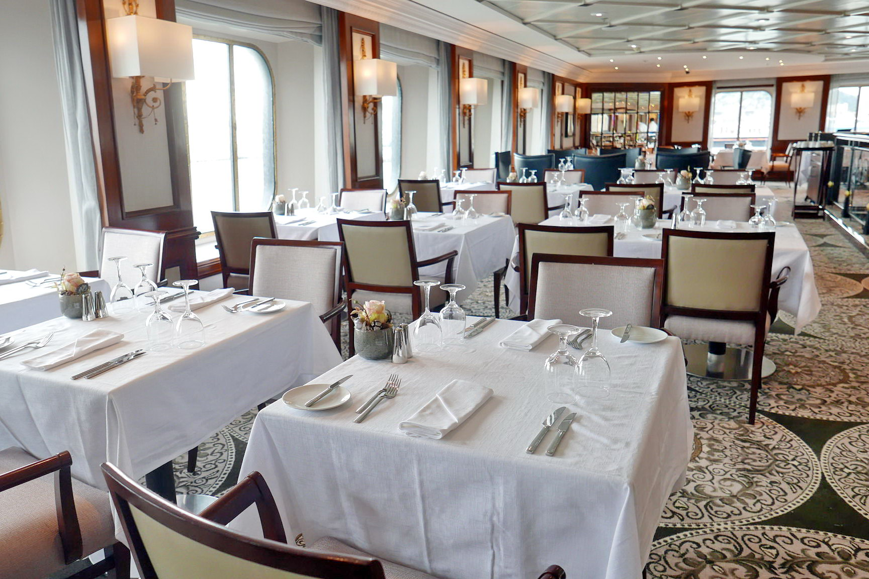 Круизный лайнер Azamara Pursuit - Restaurant