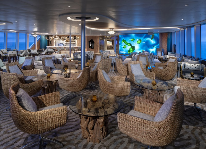 Круизный лайнер Celebrity Flora - Discovery Lounge